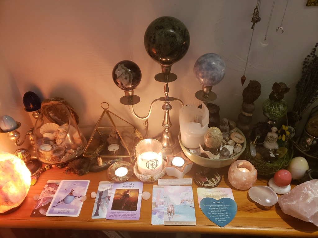 8 card tarot reading from a real tarot reader. Discover what message the tarot cards have for you and order a tarot reading.